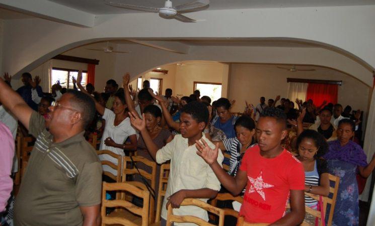 Întâlniri pastorale și miniconferințe pastorale