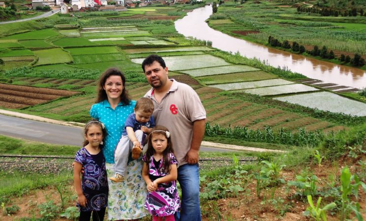Mulțumirea de a vă avea lângă noi în Câmpul misionar din Madagascar