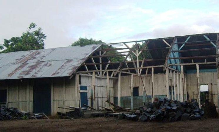 Intr-o lucrare noua cu pasi mici: Constructia Bisericii din Manakara - parteneriat cu echipa americana si biserica locala