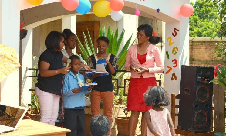 """Mare bucurie - Copiii ,,noștri"""" premianți de la Le Manoro"""