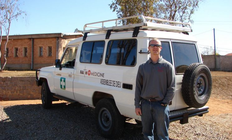 Colaborare cu echipa americană Assemblée de Dieu din Madagascar