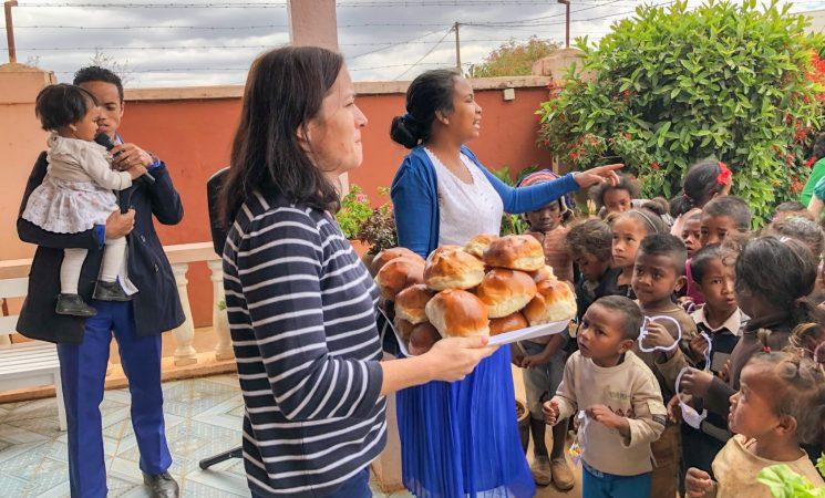 Misiunea holistică - planul lui Dumnezeu pentru noi (Familia Șaitiș - Madagascar)